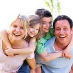 共働き夫婦の子育てと育児のメリットとデメリット