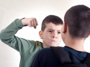 que-hacer-si-mi-hijo-se-comporta-mal-en-clase-1